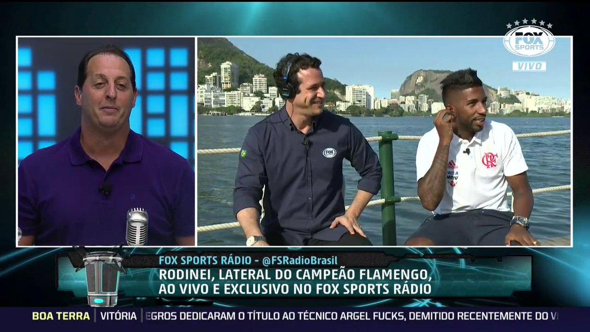 KKKKKKKKKKKK! O Rodilindo poliglota está passando pela sua timeline. #FSRádioBrasil