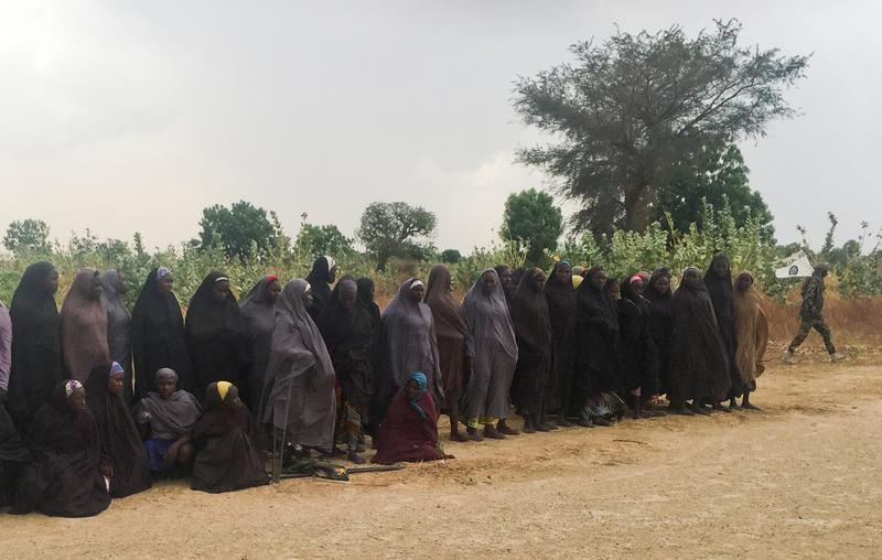 By publishing names of freed #ChibokGirls82 #Nigeria violates their basic rights as survivors of #BokoHaram abuse https://t.co/JZCrgeRhMC https://t.co/38KL2t5GEs