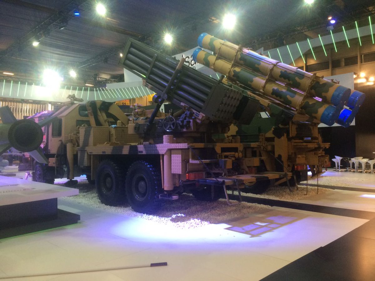 معرض الصناعات الدفاعية الدولي IDEF-17 ينطلق في إسطنبول.....تغطيه مصوره  C_VbxHLXkAkGKx4