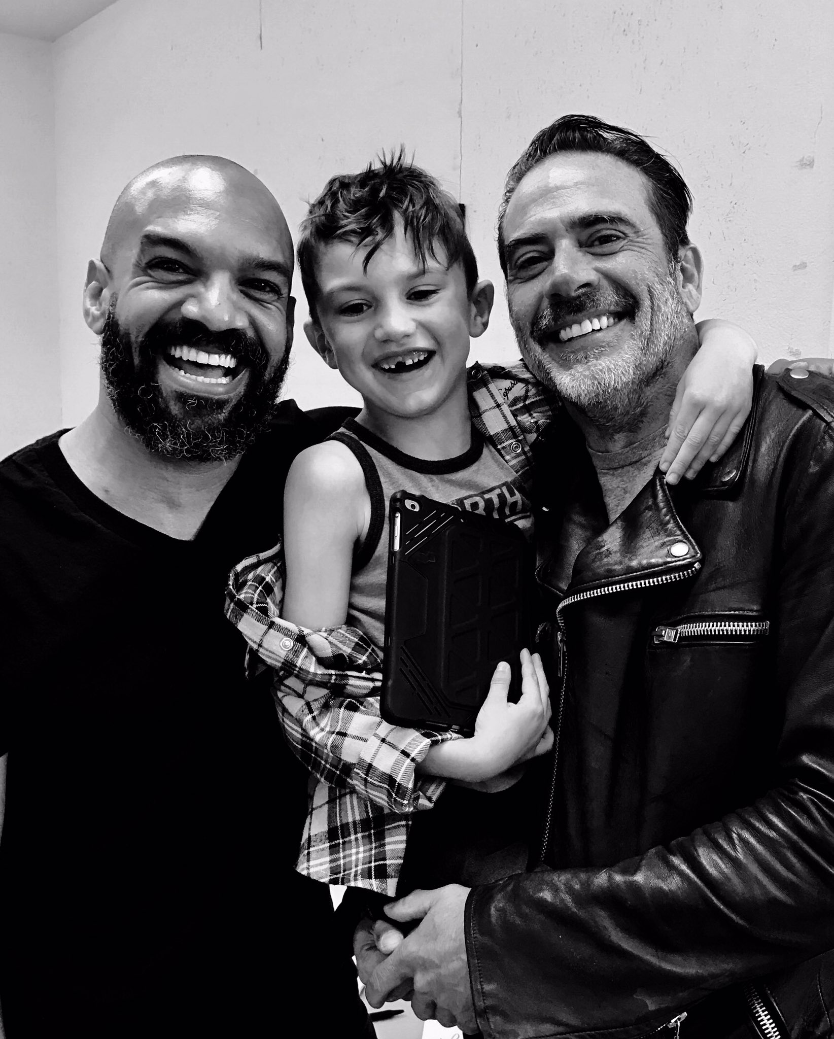 jeffrey dean morgan instagram