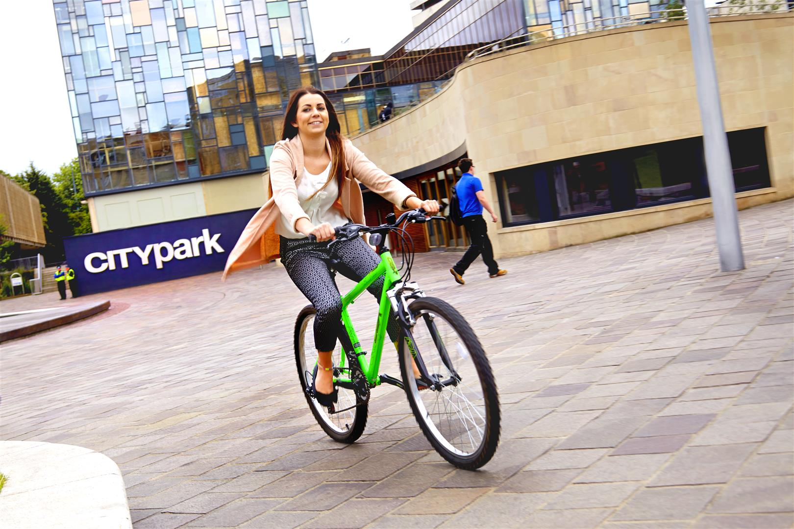 Cycling event coming to City Park, Bradford, 11 - 12 May. @bradfordmdc  @CityParkBD #cycleactivecity https://t.co/kkN5U9LxjF https://t.co/No0Xop9hx9