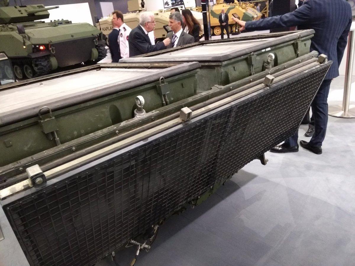 معرض الصناعات الدفاعية الدولي IDEF-17 ينطلق في إسطنبول.....تغطيه مصوره  C_Xk00lXUAAAmEz