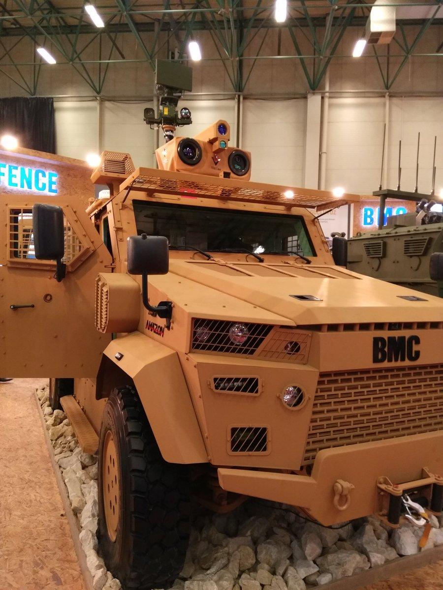 """شركة تركية لتصنيع الأسلحة تطرح عربة مصفحة جديدة في معرض """"الصناعات الدفاعية بإسطنبول"""" C_XupelXsAEWib_"""
