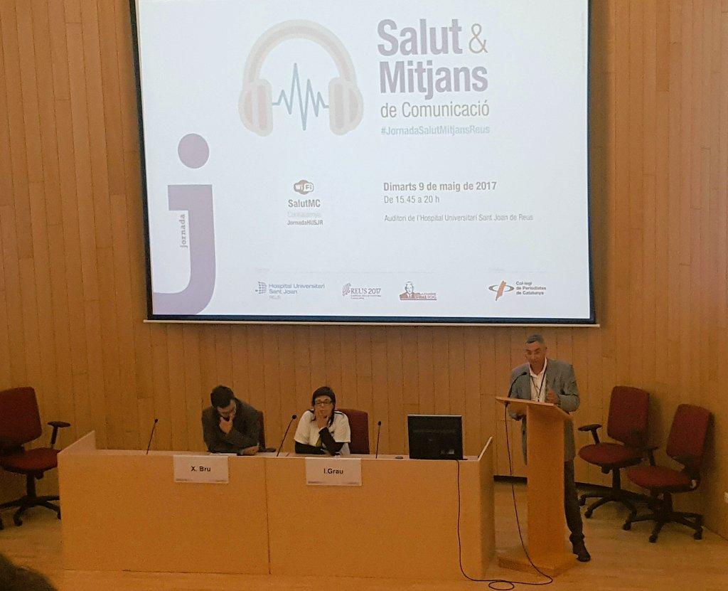 Comença la #JornadaSalutMitjansReus reflexionem sobre la relació entre mitjans, #periodisme #comunicació i #salut https://t.co/Pc3DOlUhuw