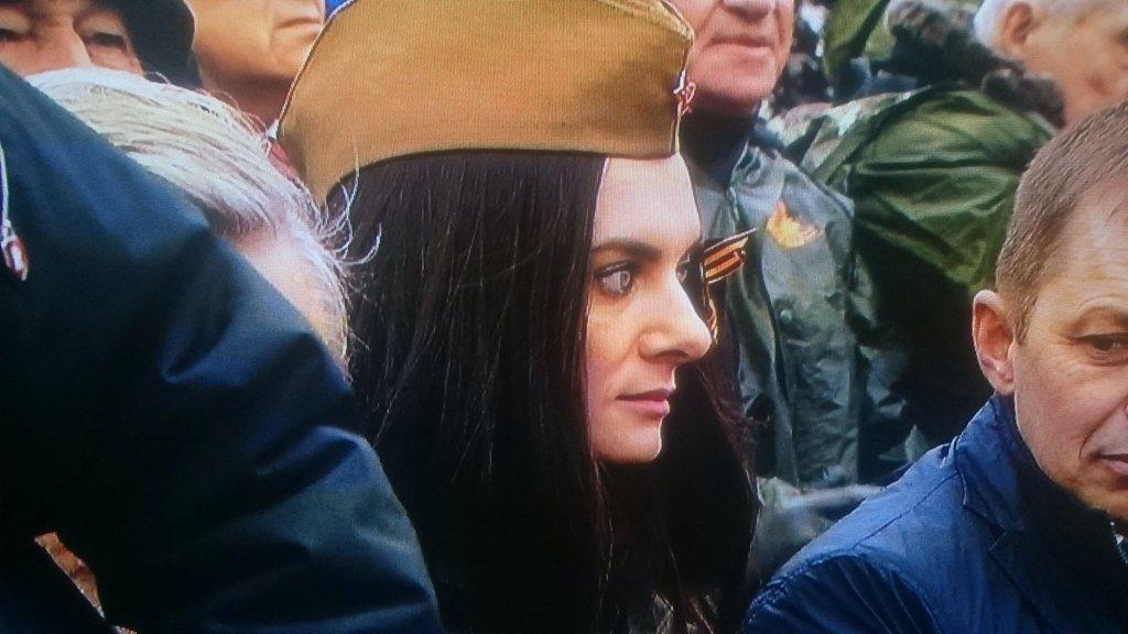 """""""Пидармон, бл#дь! Дай Бог, накажут вас всех, бл#дь"""", - жители Мариуполя ругаются из-за сепаратистской символики возле памятника """"Жертвам фашизма"""" - Цензор.НЕТ 1278"""