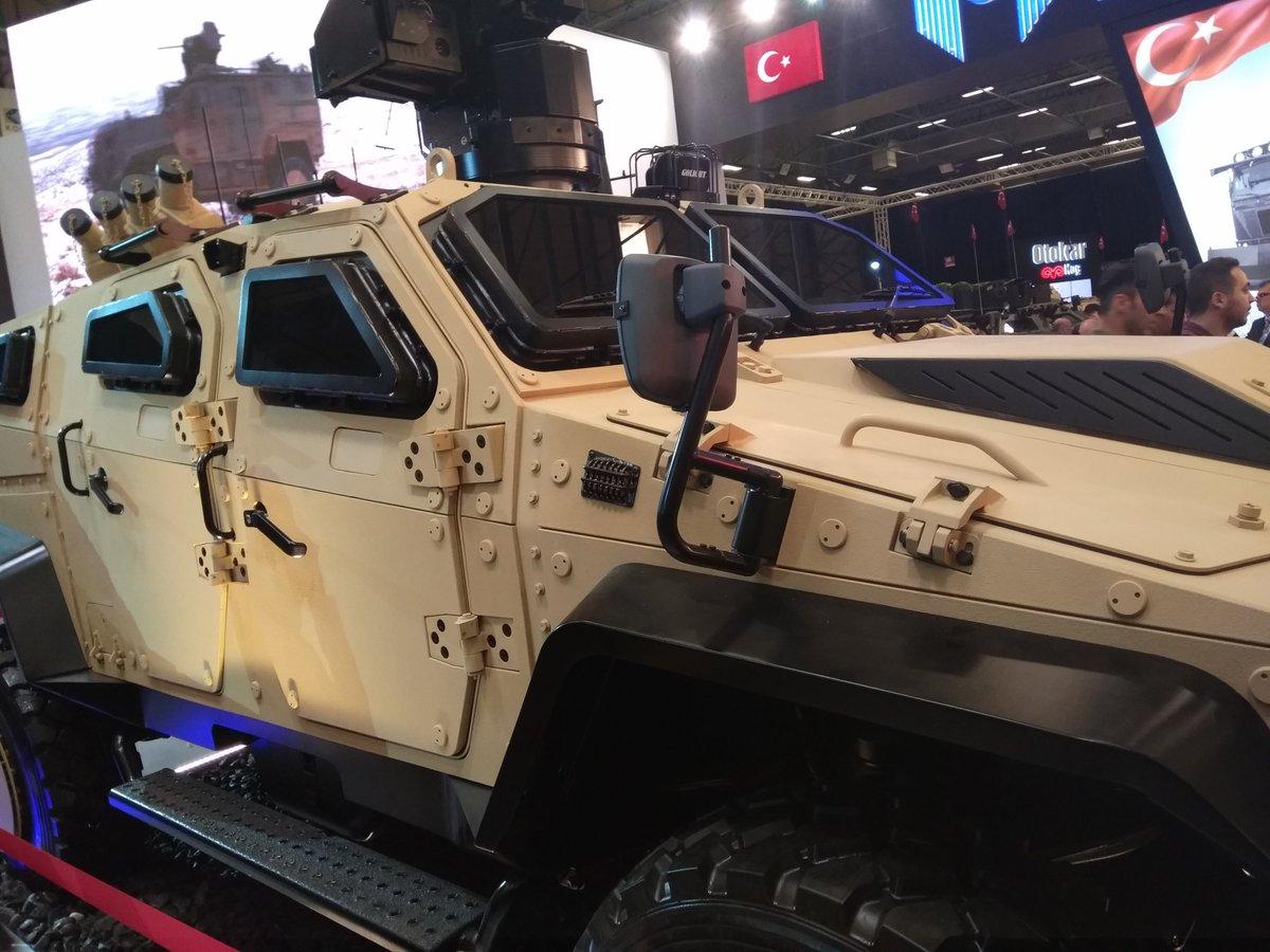 معرض الصناعات الدفاعية الدولي IDEF-17 ينطلق في إسطنبول.....تغطيه مصوره  C_YCtBqXkAAFb0z