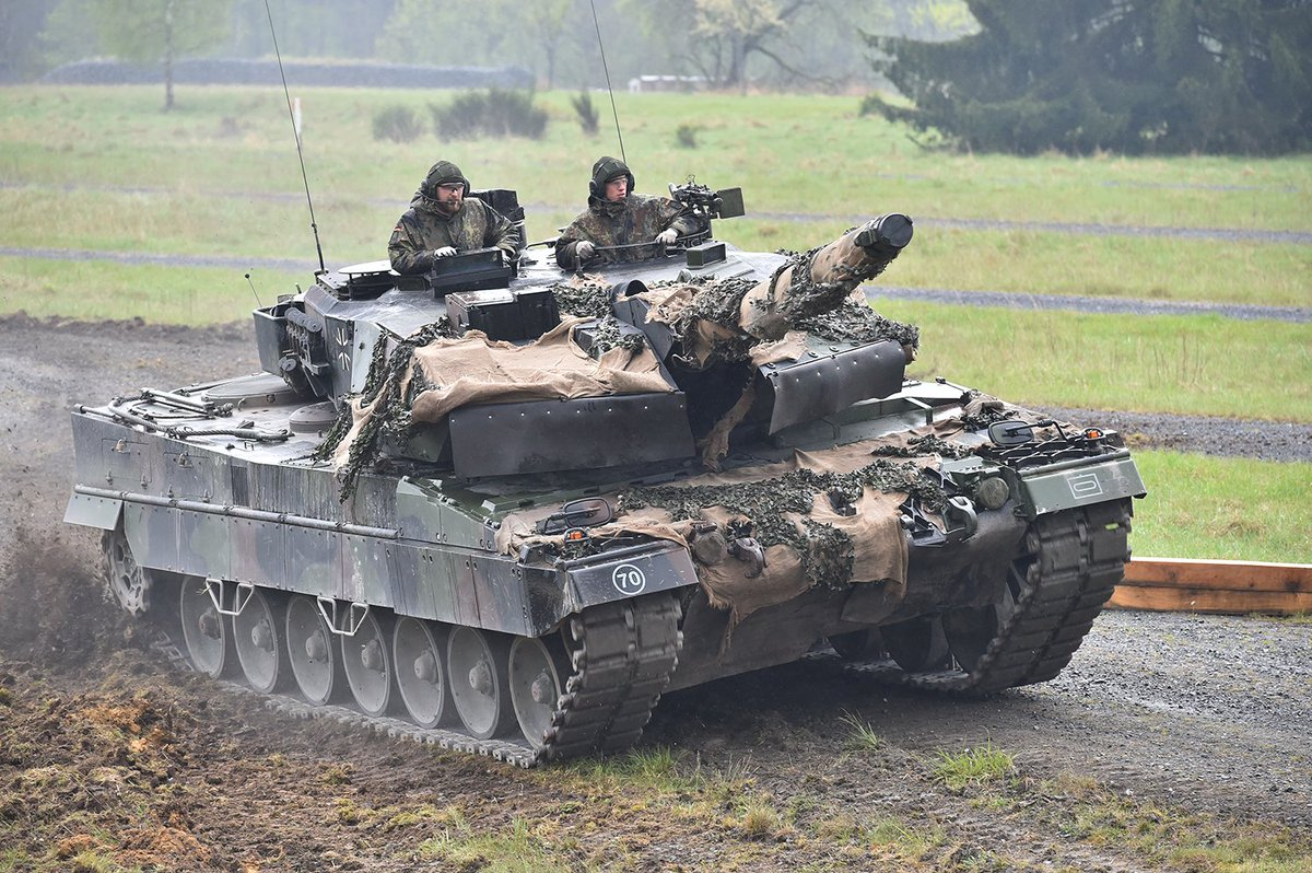 Team @bundeswehrInfo conducts the Call for Fire lane during the StrongEurope Tank Challenge at @7thATC
