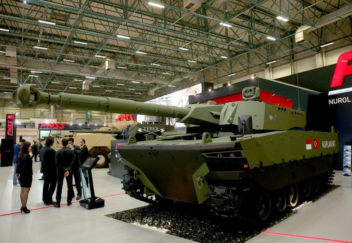 تركيا تكشف عن الدبابه Kaplan MT لأول مرة خلال معرض إسطنبول للصناعات الدفاعية C_YYlS5XcAEJGnv