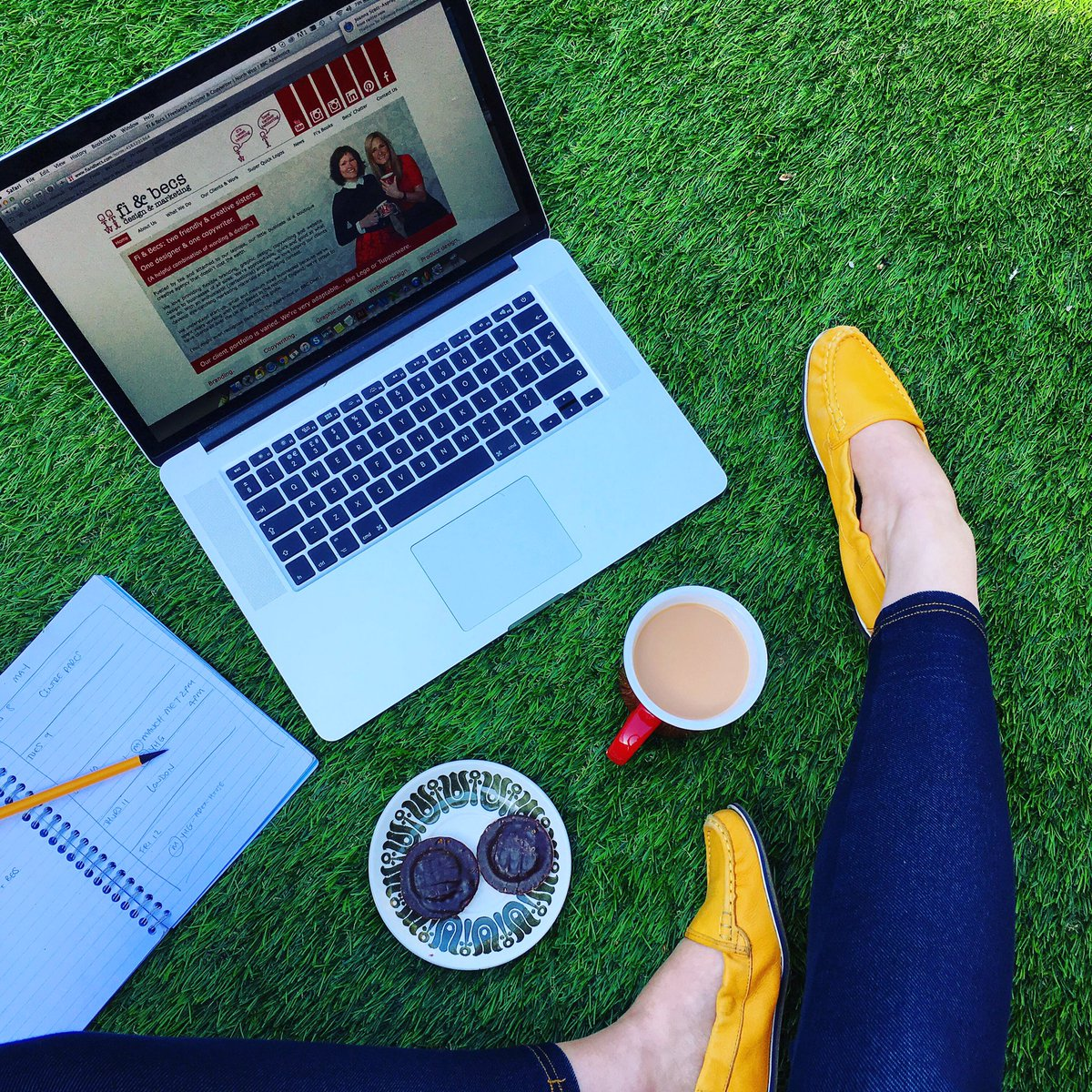 Becoming one with the artificial grass.  (Shoes @hushpuppies) #copywriting #workfromhome #amwriting