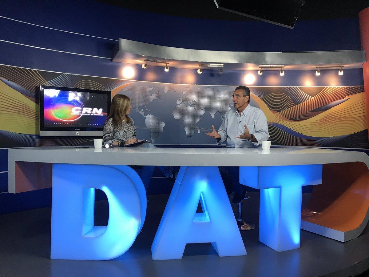 #EnMinutos Continuamos al aire por @DATTVNOTICIAS junto a @sandyaveledo en el programa #PeriodismoAlDía.