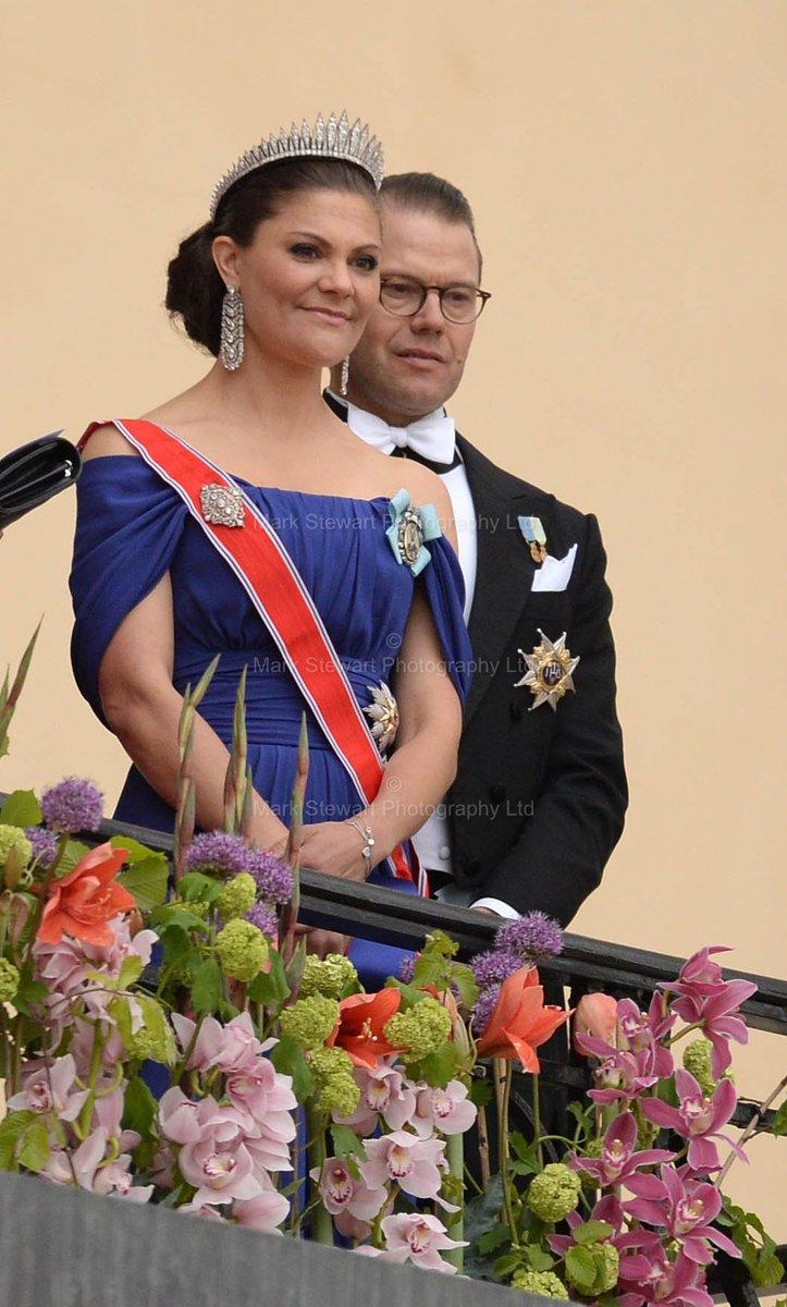 Victoria diggade loss sofia gomde sig bakom kungen