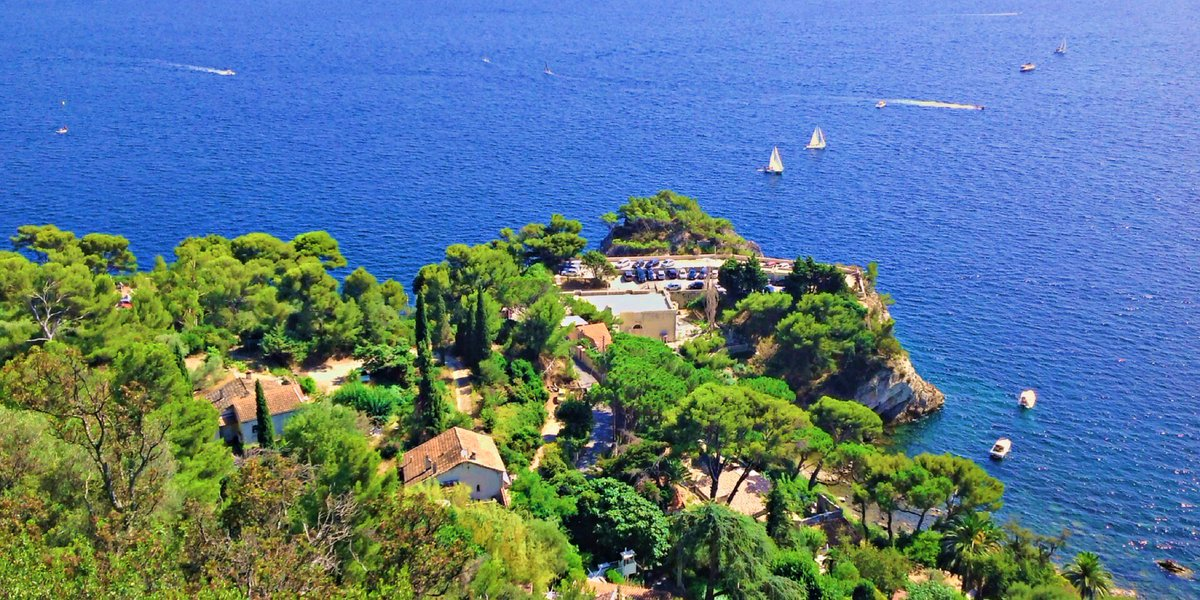 #Toulon, a taste of France between the sea and the mountains  http:// bit.ly/1Qb0pLJ  &nbsp;   #France<br>http://pic.twitter.com/xZqz5PJRBz