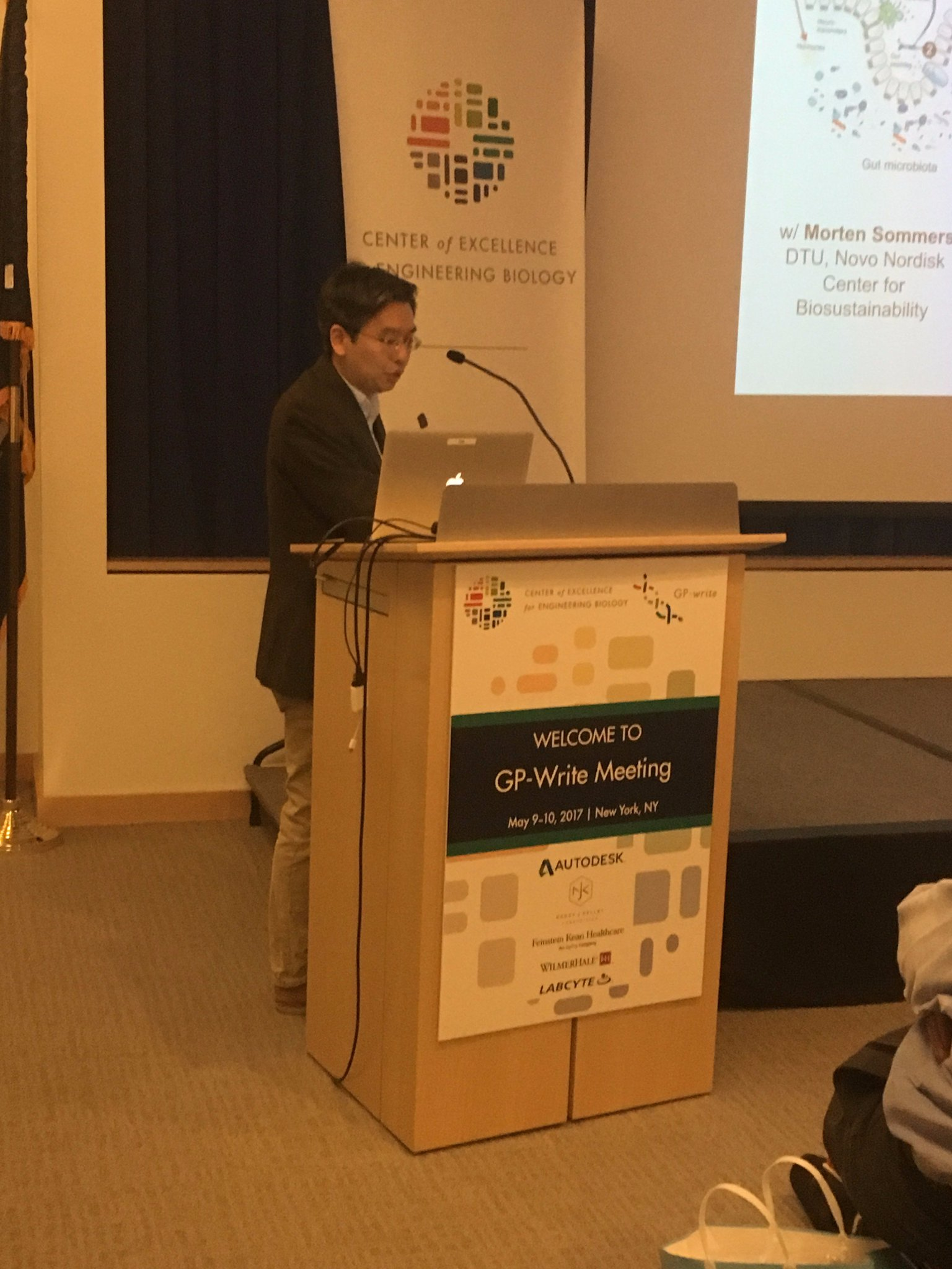 Columbia University's Harris Wang discusses engineering the microbiome and mammalian genome with enhanced metabolic functions. #GPwrite https://t.co/gYMltaCxPK