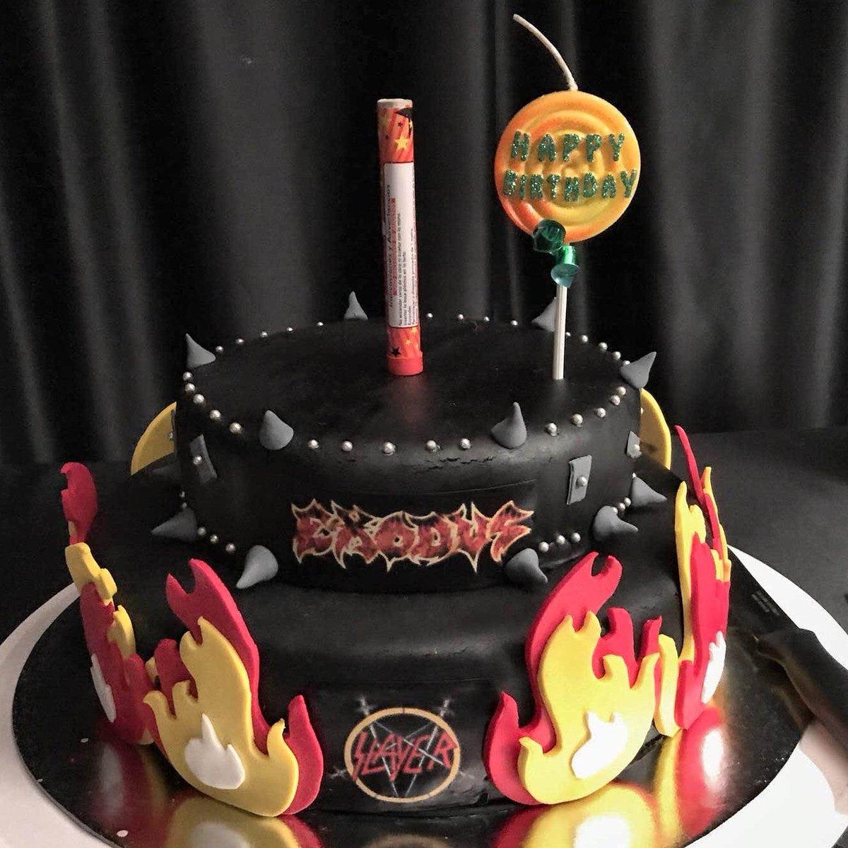 Lisa Holt Lisaholt Twitter - Slayer birthday cake