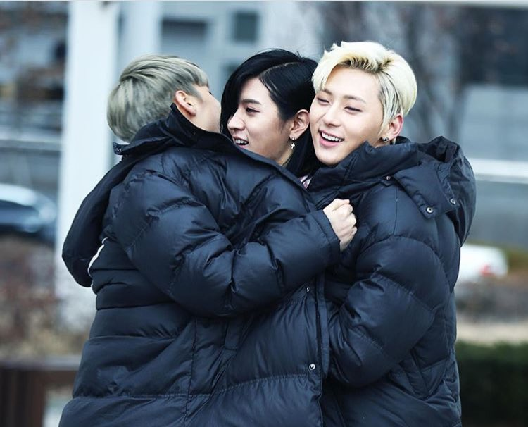"""grace   미녀니 on Twitter: """"BREAKING: nu'est members kim jonghyun and hwang minhyun accused of kidnapping small boy in Seoul #exposenuest ..."""