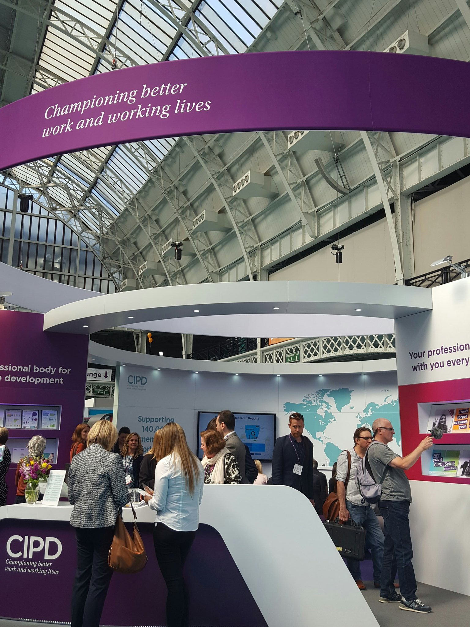 @CIPD stand 13:00 talk on Making the most of the Apprenticeship Levy... #cipdldshow https://t.co/5e9Mb2jdVS