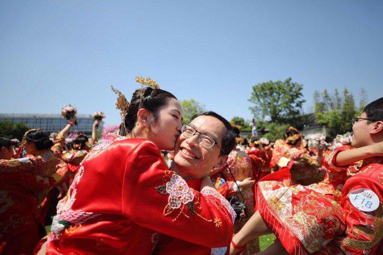 Alibaba Celebrates Ali Day зурган илэрцүүд