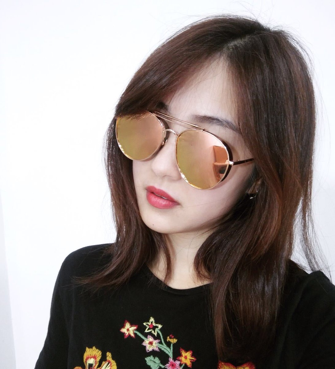 8918f2ddda6  Gentlemonster New Authentic Gentle Monster Big Bully Rose Gold Frame Pink  Lens Sunglasses See  http   ebay.to 2qJg3ro pic.twitter.com mPeTnOMKWv