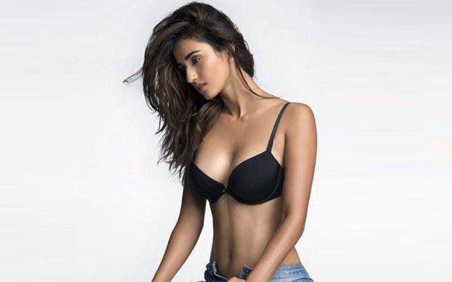 Ankita ke sexy nud video - 2 7