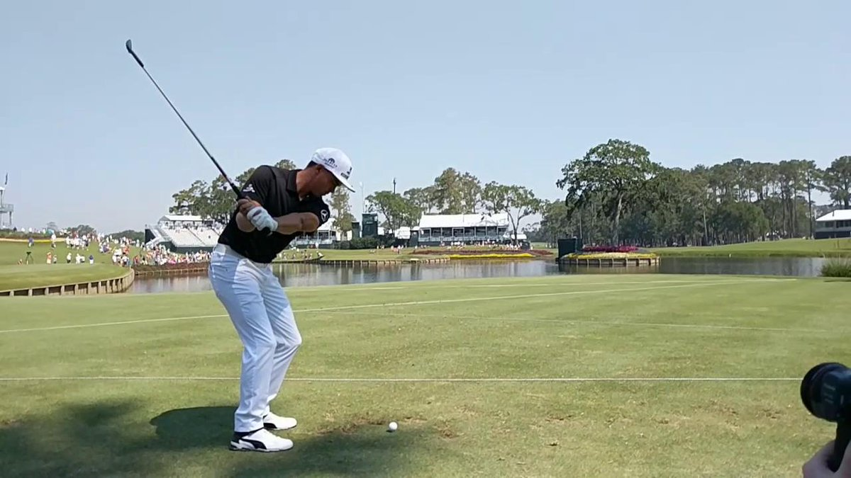 Here's what a hole-in-one swing looks like in slow motion.