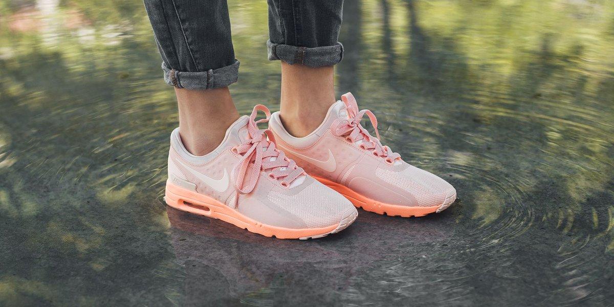 52820334e59 NEW IN! Nike Wmns Air Max Zero - Sunset Tint Sunset Tint-Sunset Glow SHOP  HERE  http   bit.ly 2qZE9uz pic.twitter.com PKFeI6w9mV