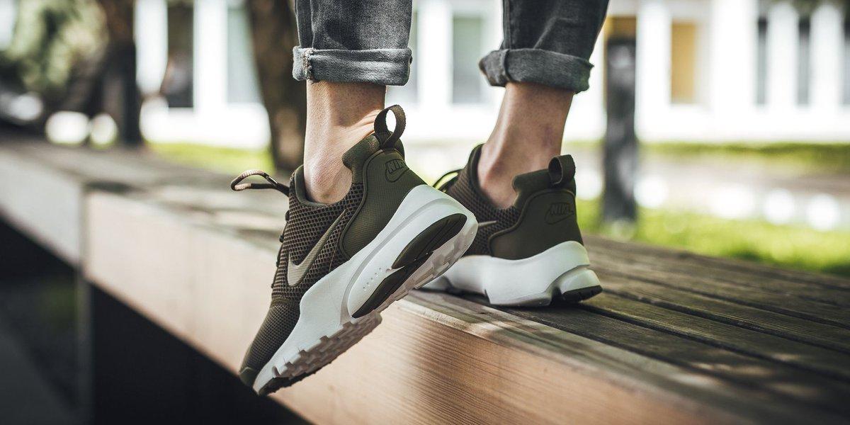 Nike Presto Fly Gs - Medium Olive/Medium Olive-White SHOP HERE:  https://t.co/dA7Z0wSZD5…