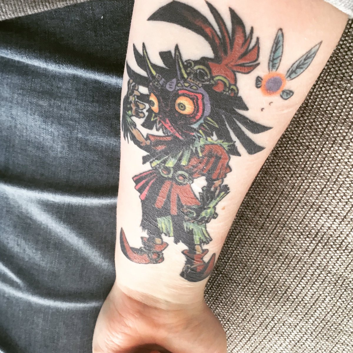 #Geek Awesome of the Day: Colorful #Nintendo #Zelda #MajorasMask + Navi Forearm #Tattoo via @II_Susan_II #SamaTattoo