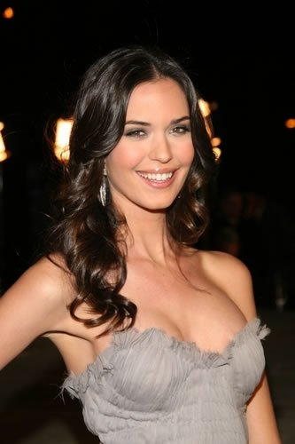 Happy Birthday Odette Annable