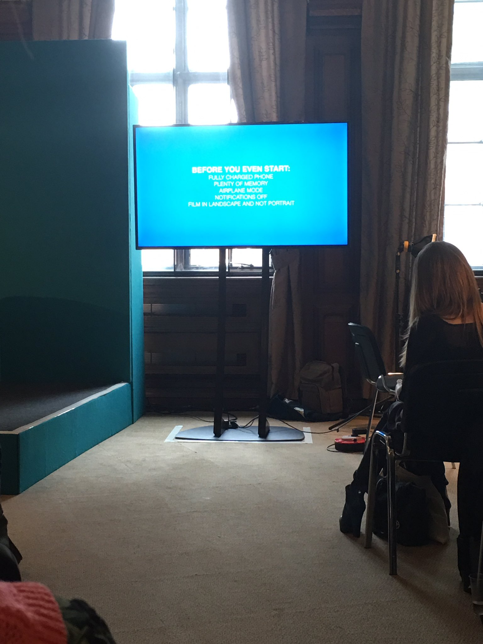 Filming essentials & a tip - filiming in landscape makes the most of your real estate. Avoid a broadcast look/feel #cipdLDShow #E3 https://t.co/kyzeY6IPys