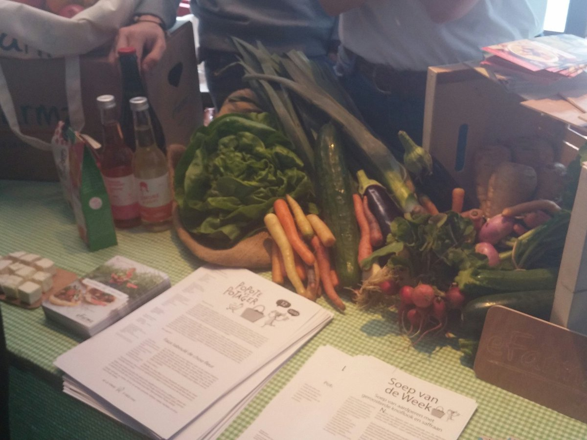 .@EFARMZ are here today as well, with their local fresh organic produce #CAPrecipe