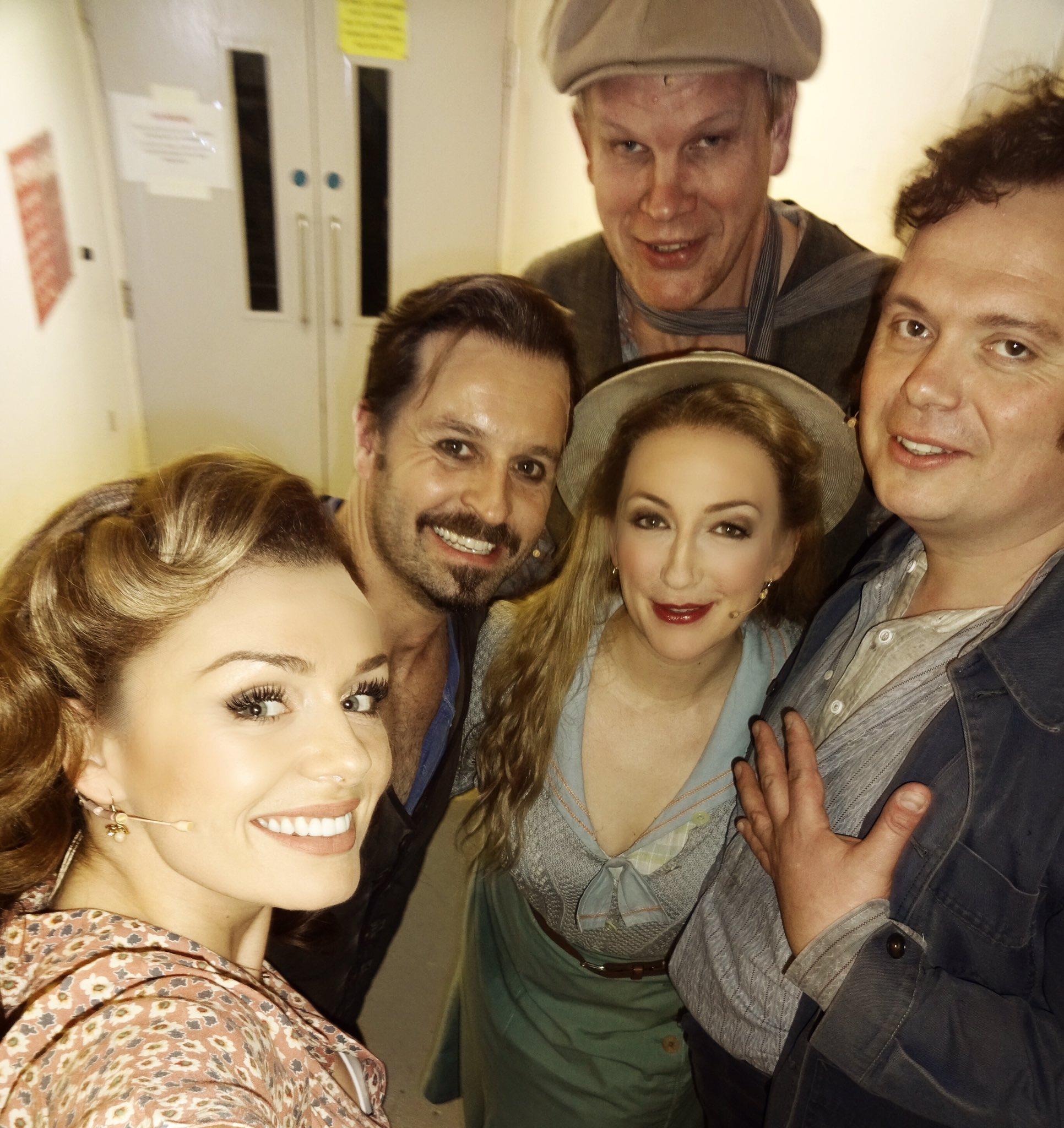 Backstage selfie... @alexdeboo @AlfieBoe @gspok @dandycricket #Carousel https://t.co/lKNU8oKRV9