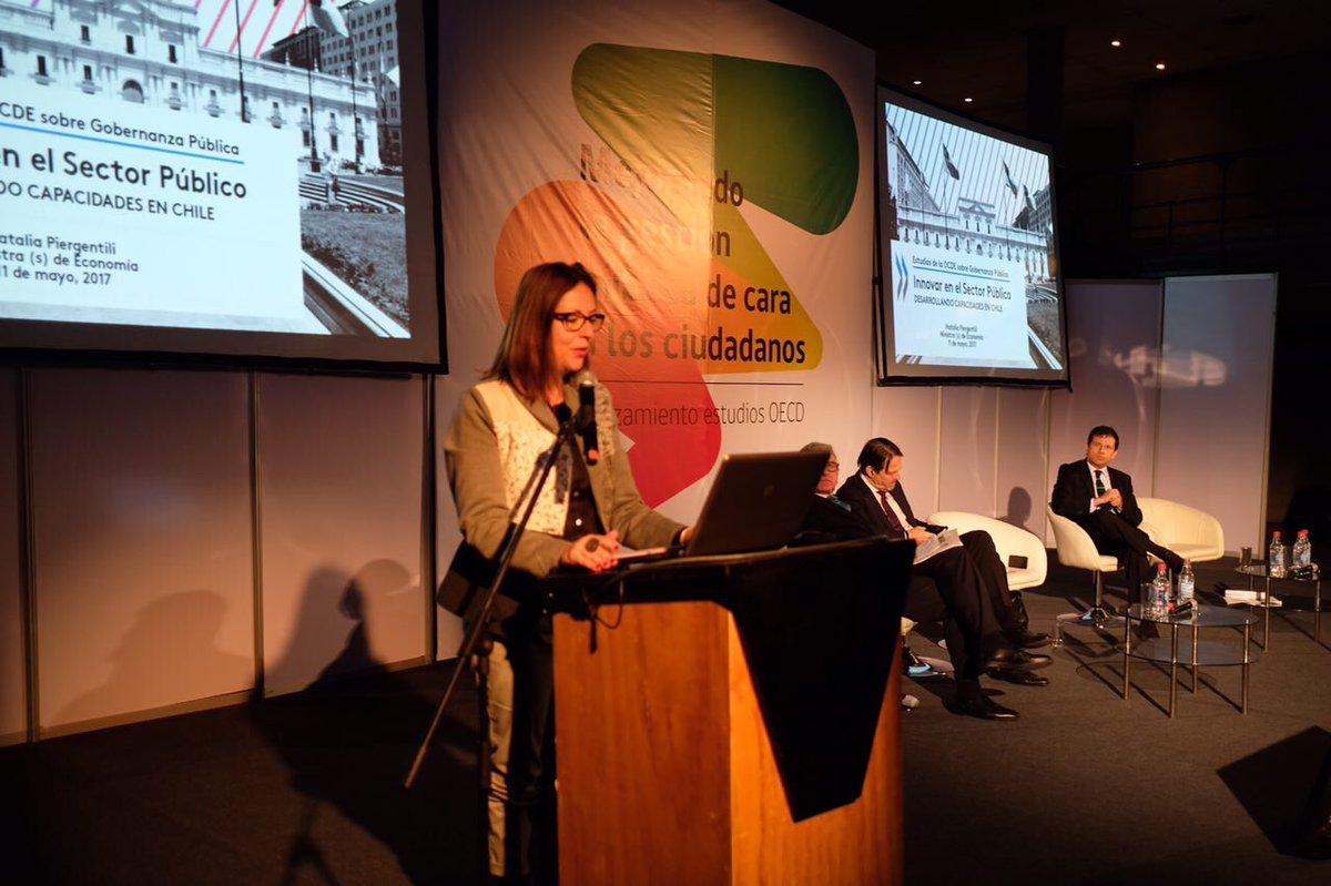 "Laboratorio de Gob on Twitter: ""Ministra (S) Natalia Piergentili, presenta estudio sobre capacidades para Innovar del @GobiernodeChile, informe @OECD junto ..."