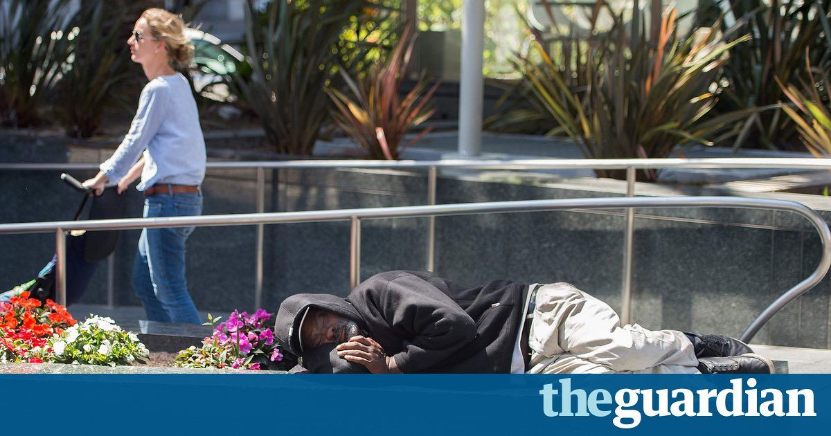 San Francisco gets record-setting $100m donation to end homelessness https://t.co/bx9kBzBMKT https://t.co/dKPwFrDNTD