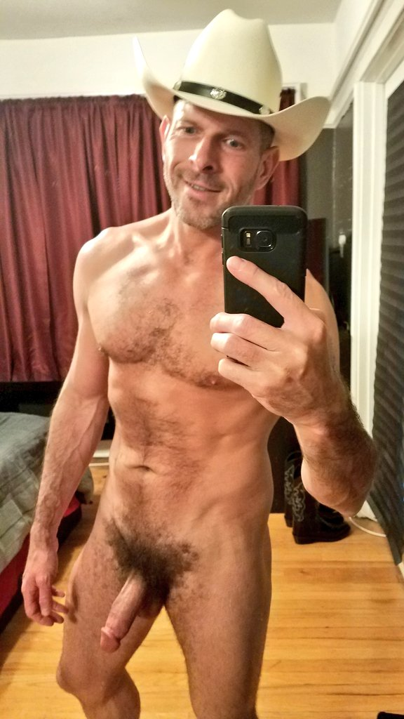 Howdy Yall Im Naked In A Cowboy Hat Interested In Gay -1432