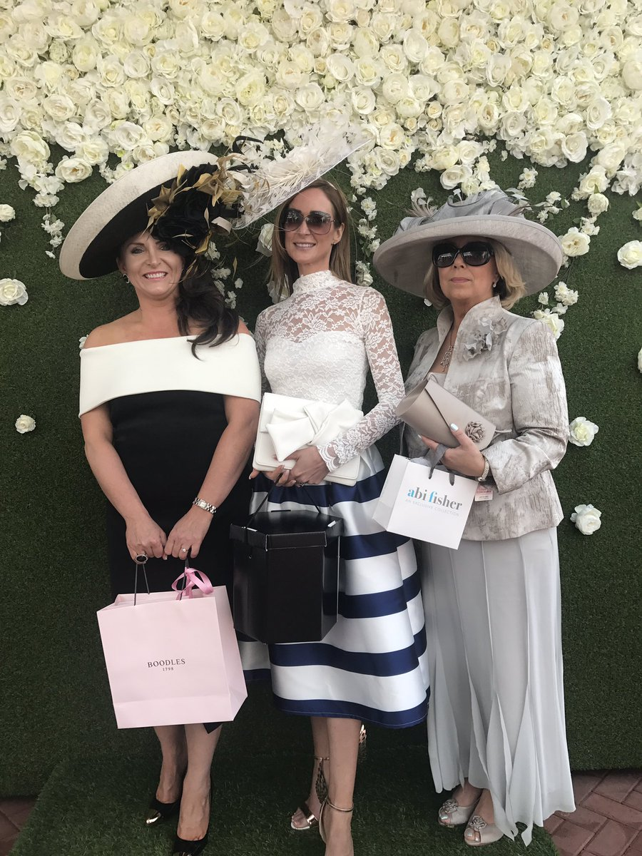 Our fabulous #BMFBestDressed 1st, 2nd & 3rd place ladies with their @Boodles @lauralivens @AbiFisher_UK prizes #BoodlesMayFest https://t.co/GTBPxMFIlv