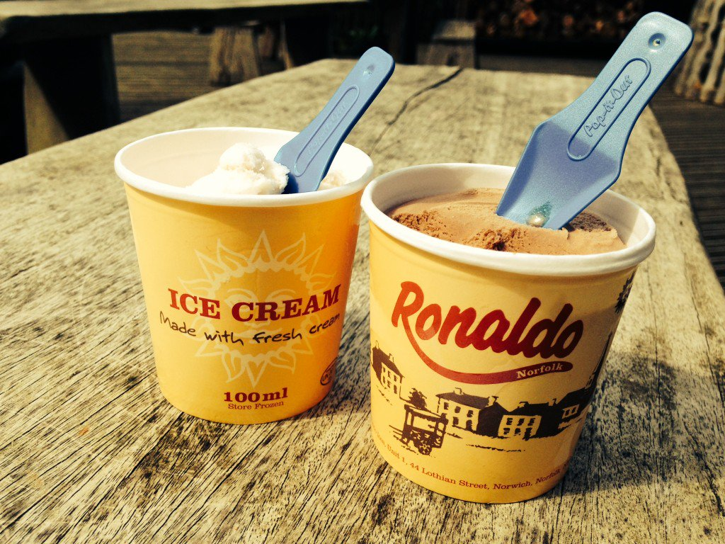 Ice Cream time Ronaldo's local tubs to take out - Chocolate, Strawberry, Vanilla and Salted Caramel https://t.co/FyirmdYmis