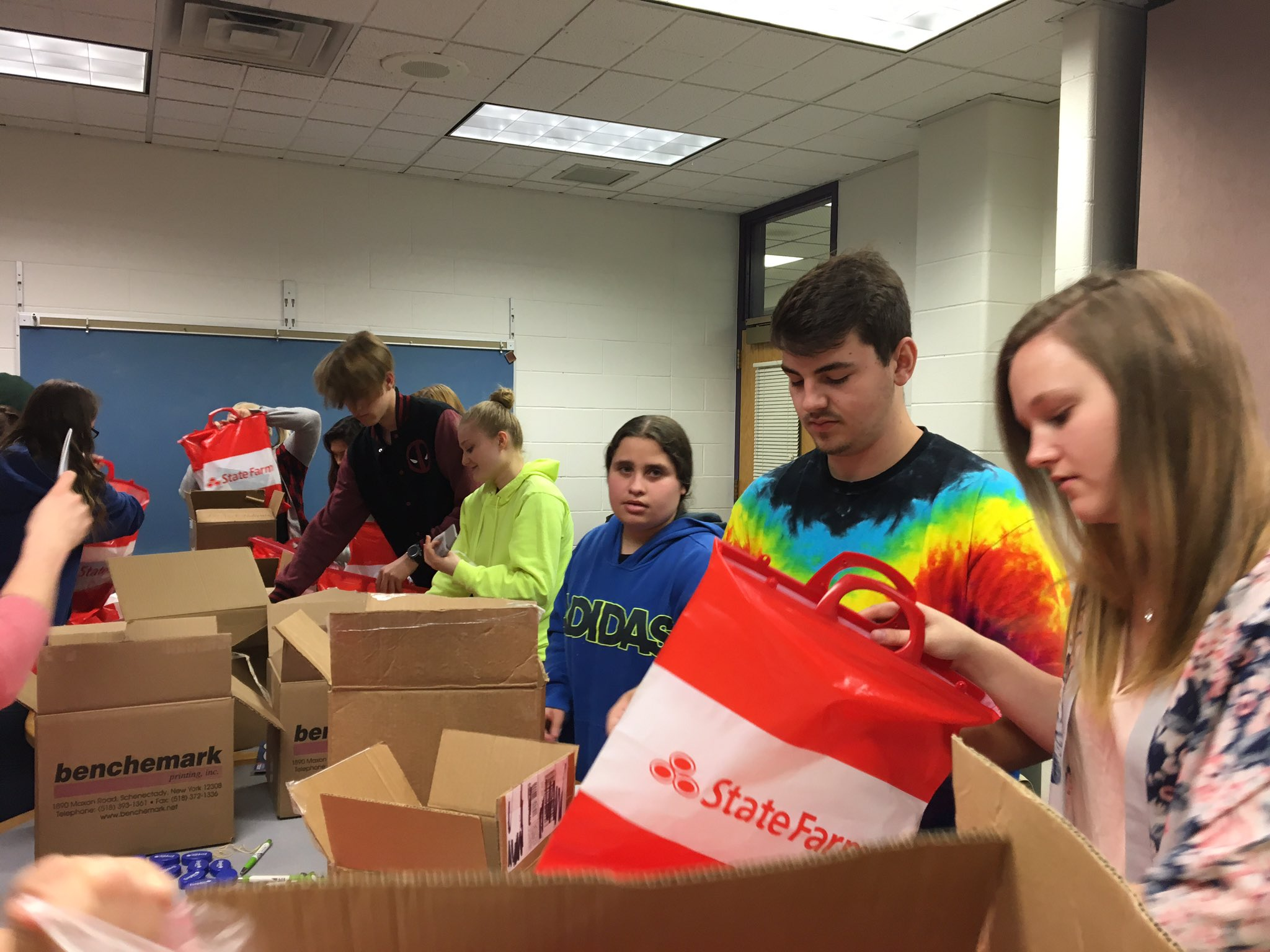 @BSPAHS students putting together goodie bags for the #Scotties5k. Thank you @StateFarm for supplying the bags! https://t.co/CniVQBuALE