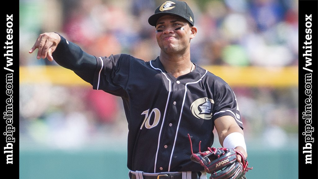 When will @MLB's top overall prospect Yoan Moncada join the #WhiteSox? @philgrogers says it might be a while. More: https://t.co/PPHQFRoKkQ https://t.co/xTUZBxEgSZ