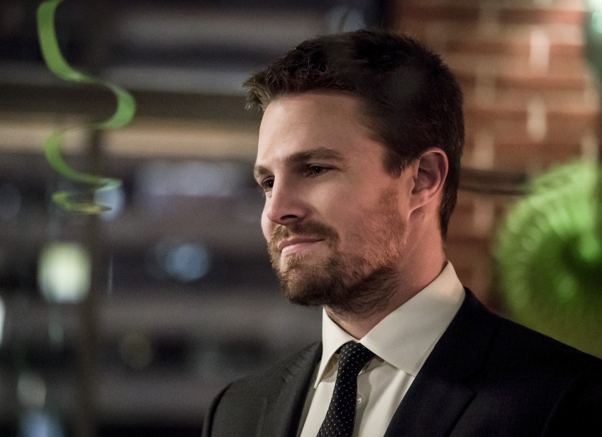 Stephen Amell Daily (@AmellDaily) | Twitter  Stephen Amell D...