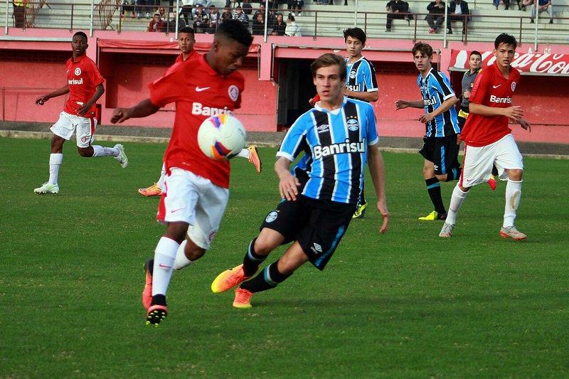 7b7ade891b Sub-15 vence Gre-Nal e garante vaga nas semifinais da Copa Nike.