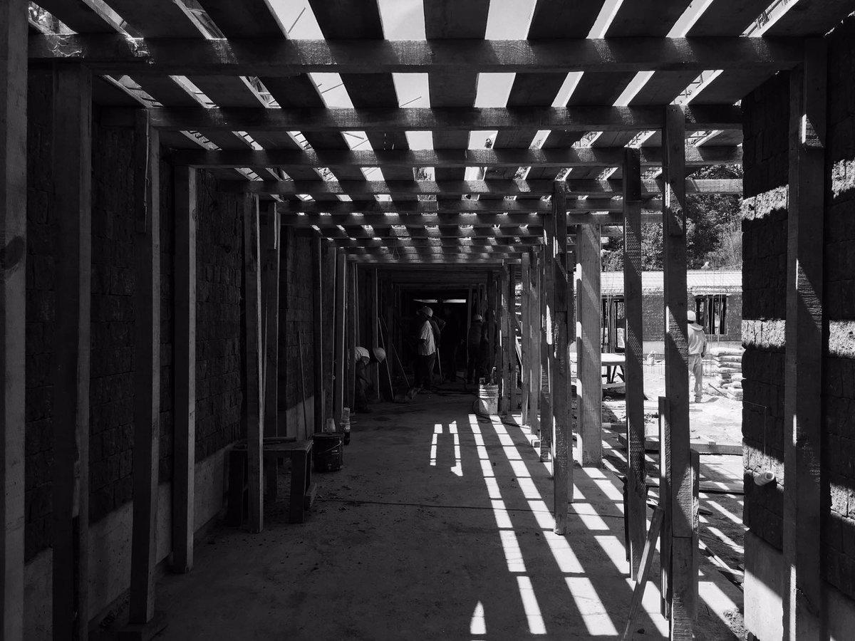 Las obras les quedan mejor a los albañiles que a los arquitectos. https://t.co/xINHhSdUnT