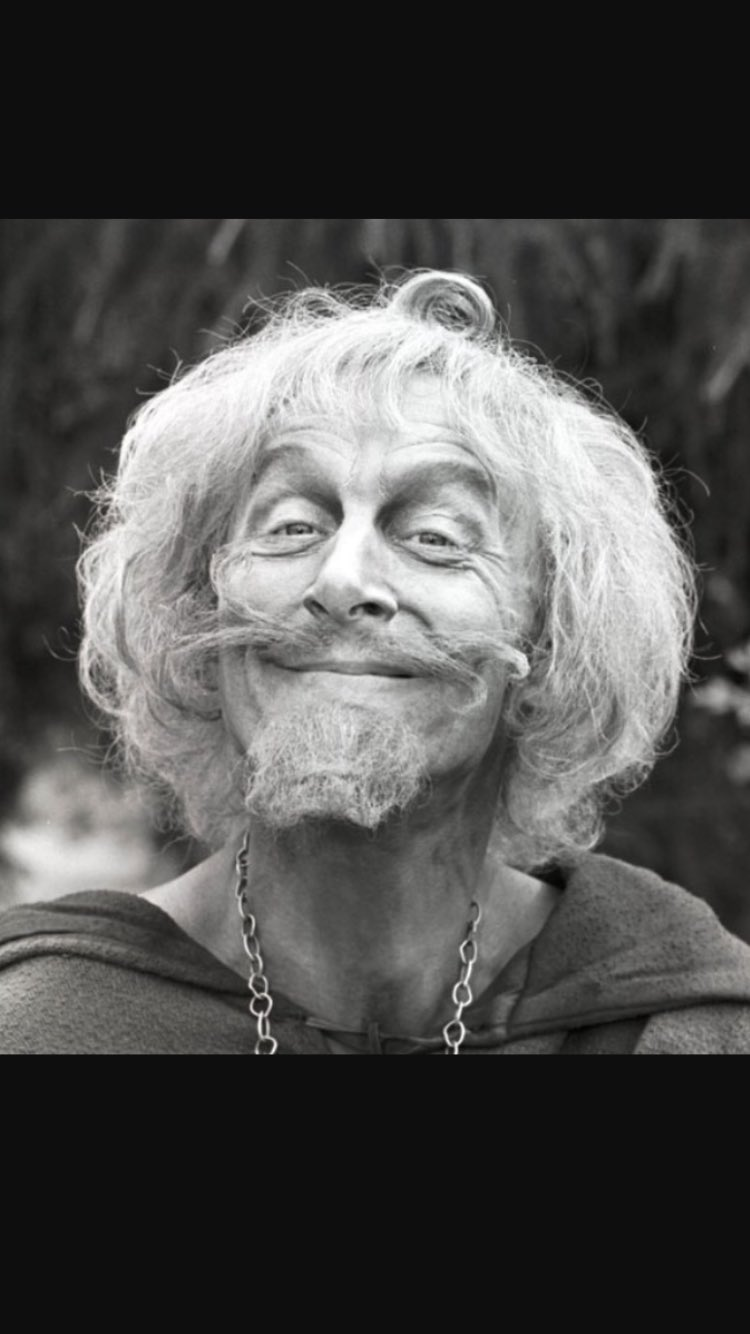 Farewell, lovely Catweazle. Glad you came to visit. R.I.P. #geoffreybayldon https://t.co/iRIw6fURts