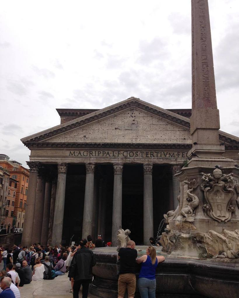 There are so many tourists in Rome but it&#39;s still pretty fantastic. #studyabroad #aggiesabroad #rome #italy #panth…  http:// ift.tt/2pqlagx  &nbsp;  <br>http://pic.twitter.com/nrKR7NbbkZ