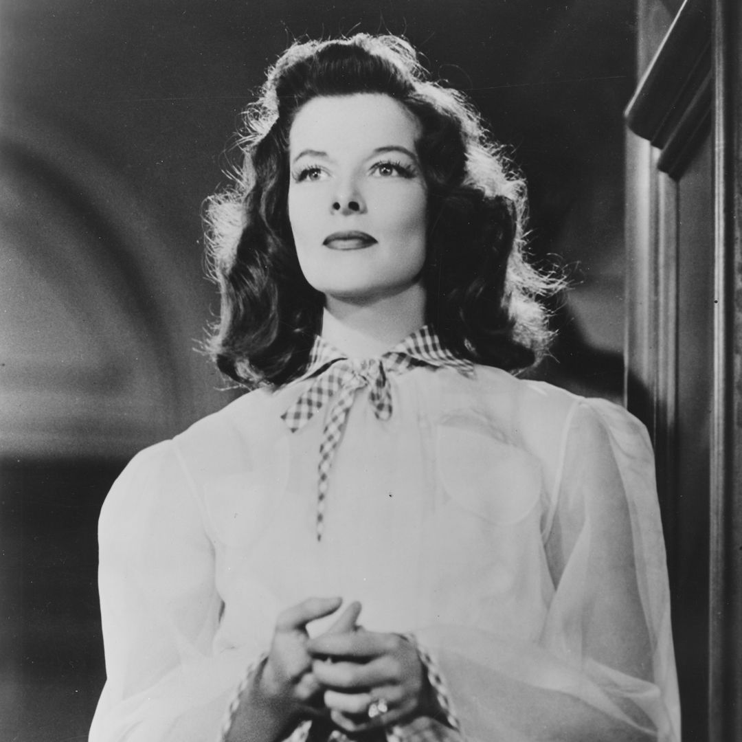 a biography of katharine houghton hepburn Katharine hepburn was an esteemed american actress, known for her fierce and independent persona which she proudly displayed both off-screen and on-screen.