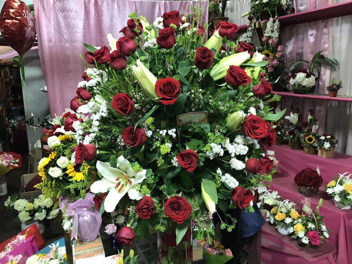 Marc Cota Robles On Twitter After Dia De Las Madres Vendors In
