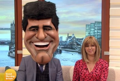 RT @GMB: This morning we have @SimonCowell and @kategarraway on the sofa ... https://t.co/fQWdTFQyCm