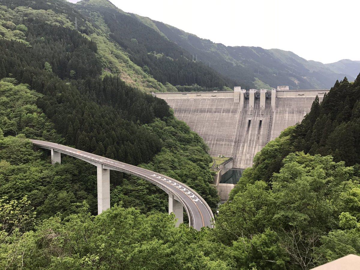 RT @BlueSonic_P03: 20170512ツーリング写真1 バイク弁当大滝食堂〜雷電廿六木橋 #YAMAHAが美しい https://t.co/PHOxYIxhHE