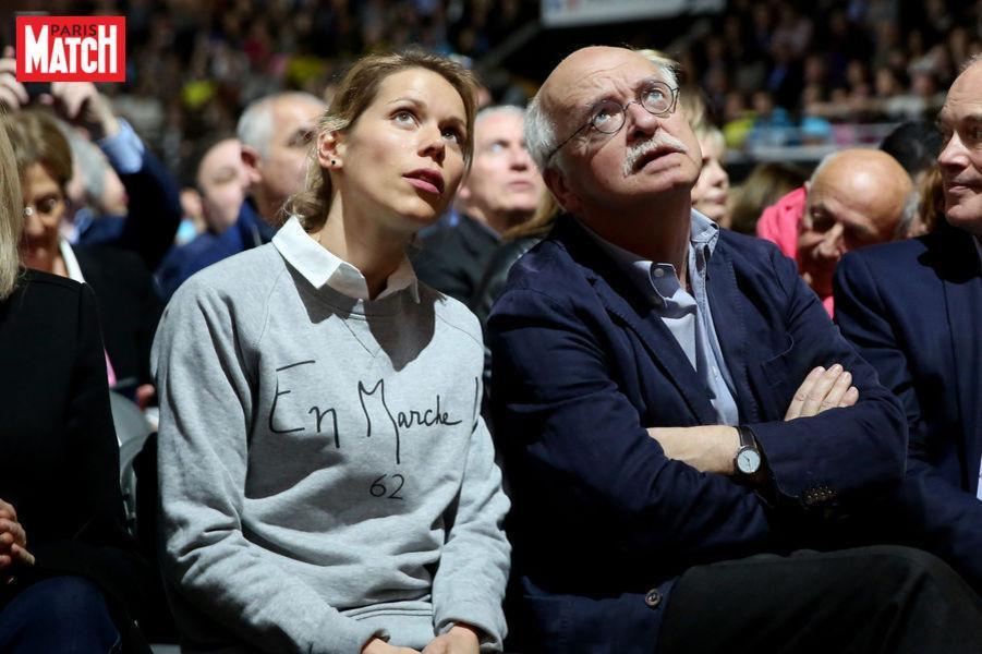 Tiphaine Auziere Belle Fille Emmanuel Macron Suppleante Dans Pas Calais Paris Match Scoopnest