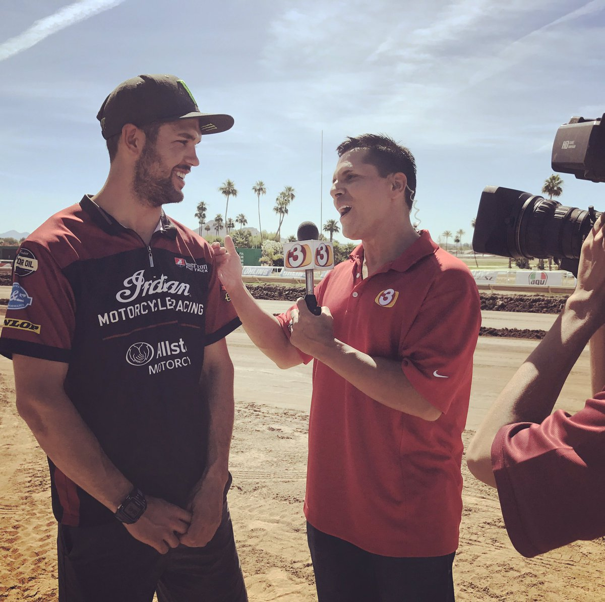 .@bradthebullet getting some TV time with at Turf Paradise before tomorrow's #ArizonaMile
