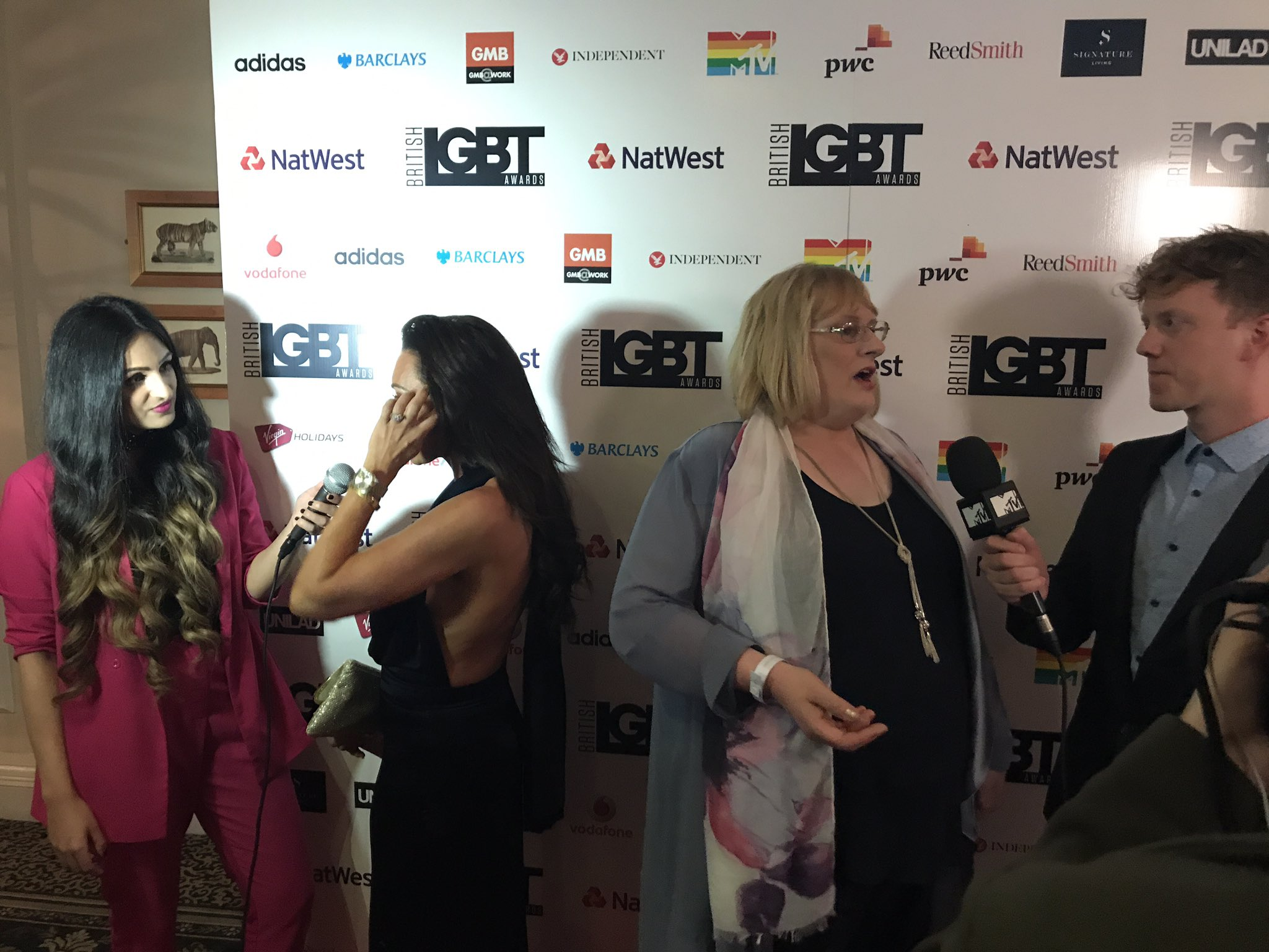 RT @DIVAmagazine: So excited to be on the red carpet for the @BritLGBTAwards! #proudsponsor https://t.co/pRYTqgsPPC